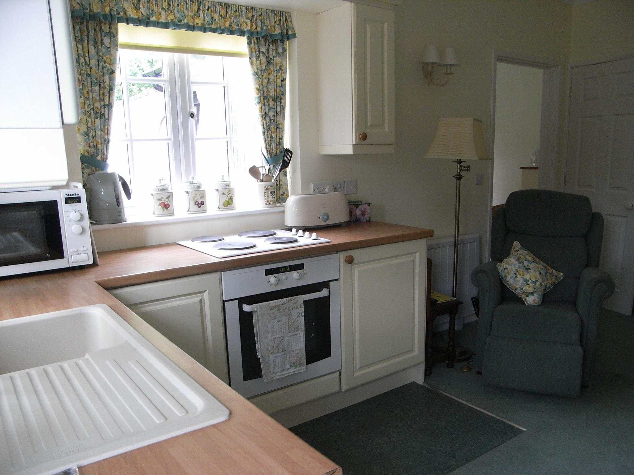 Property to rent, property to let, Warminster, John Loftus Property Centre