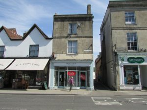 Flat 4, 2 High Street, Warminster, BA12 9AE