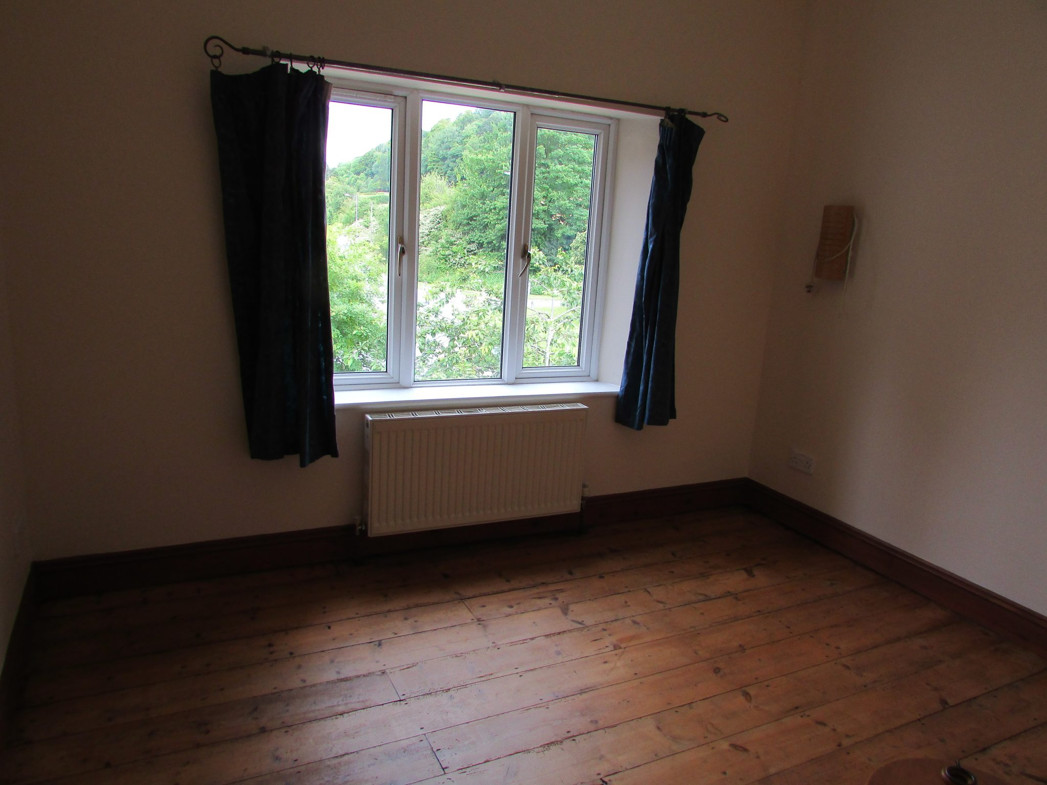 Property to rent, property to let, Warminster, John Loftus Property Centre